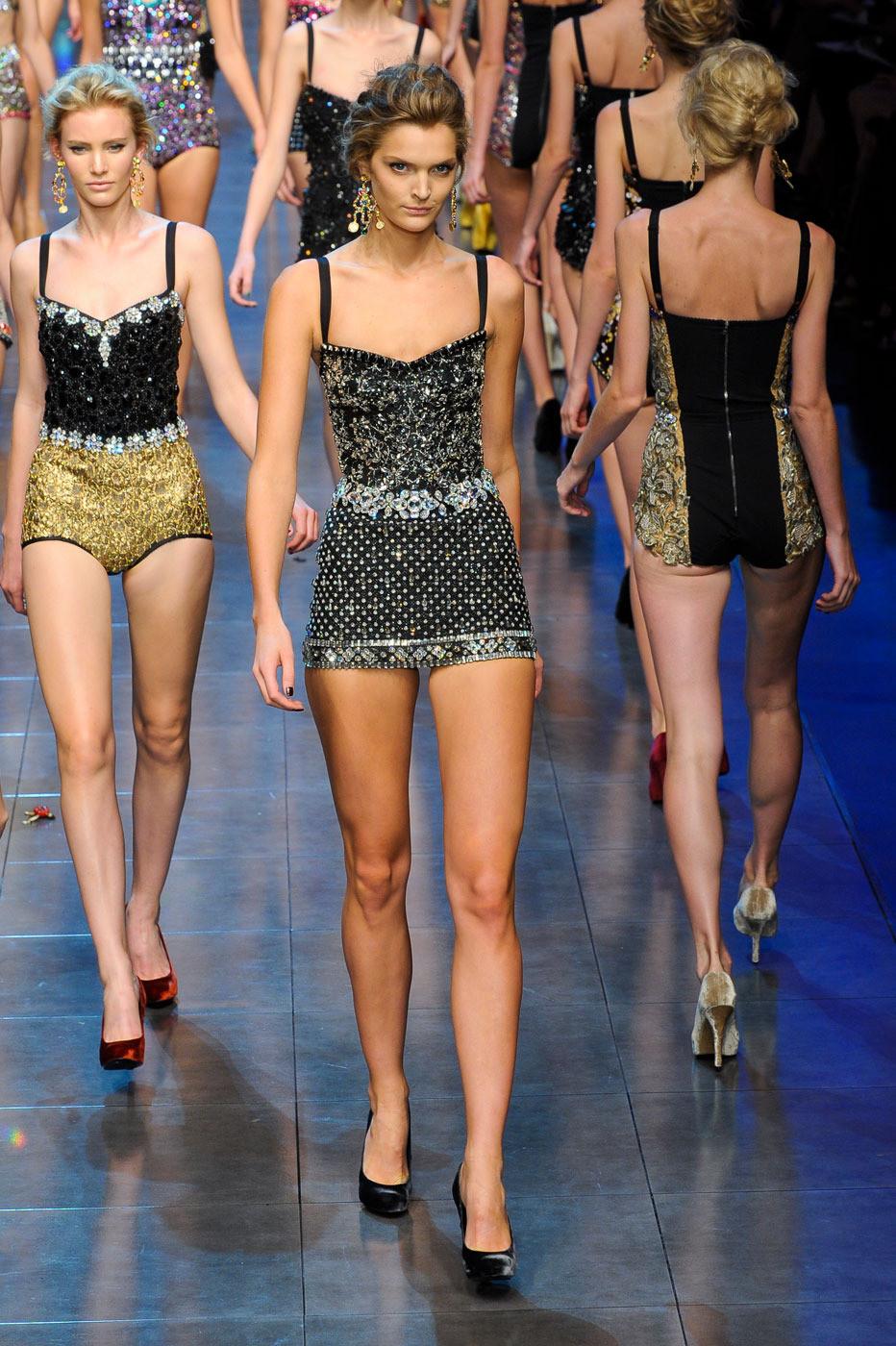 Mg 350 2018 >> Dolce Gabbana Spring 2012 Qxl MRx Uv J 32 x (DolceGabbanaSpring2012QxlMRxUvJ32x.jpg) Image ...