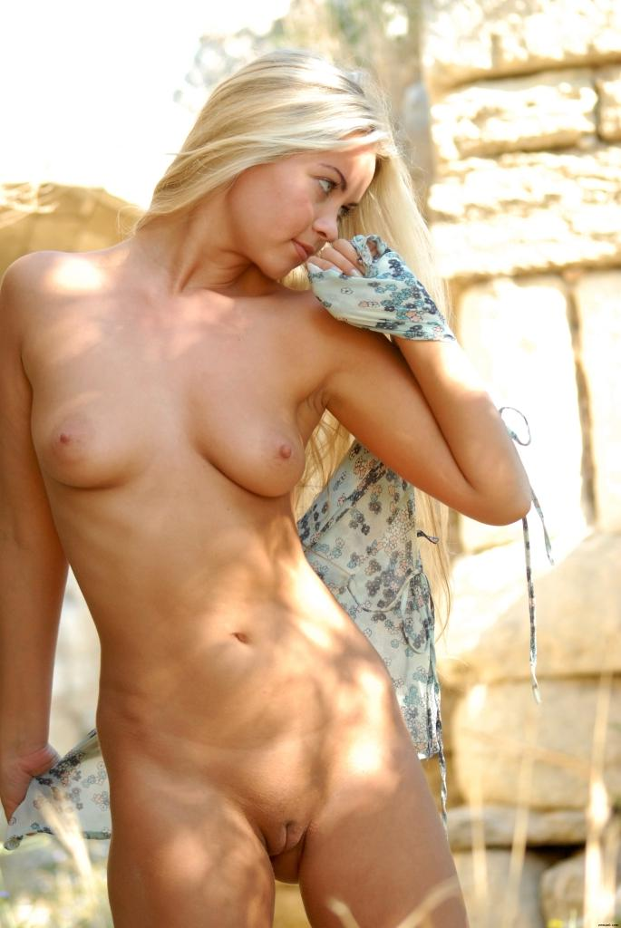 Baby nude picd