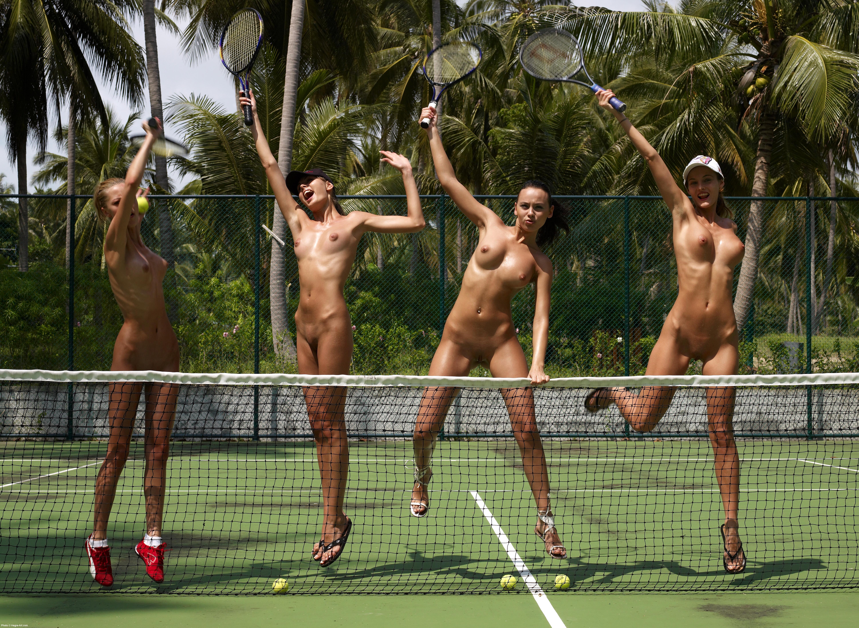 turboimagehost.com show-022 porn  Nude Wimbledon 022107 014 xxxl