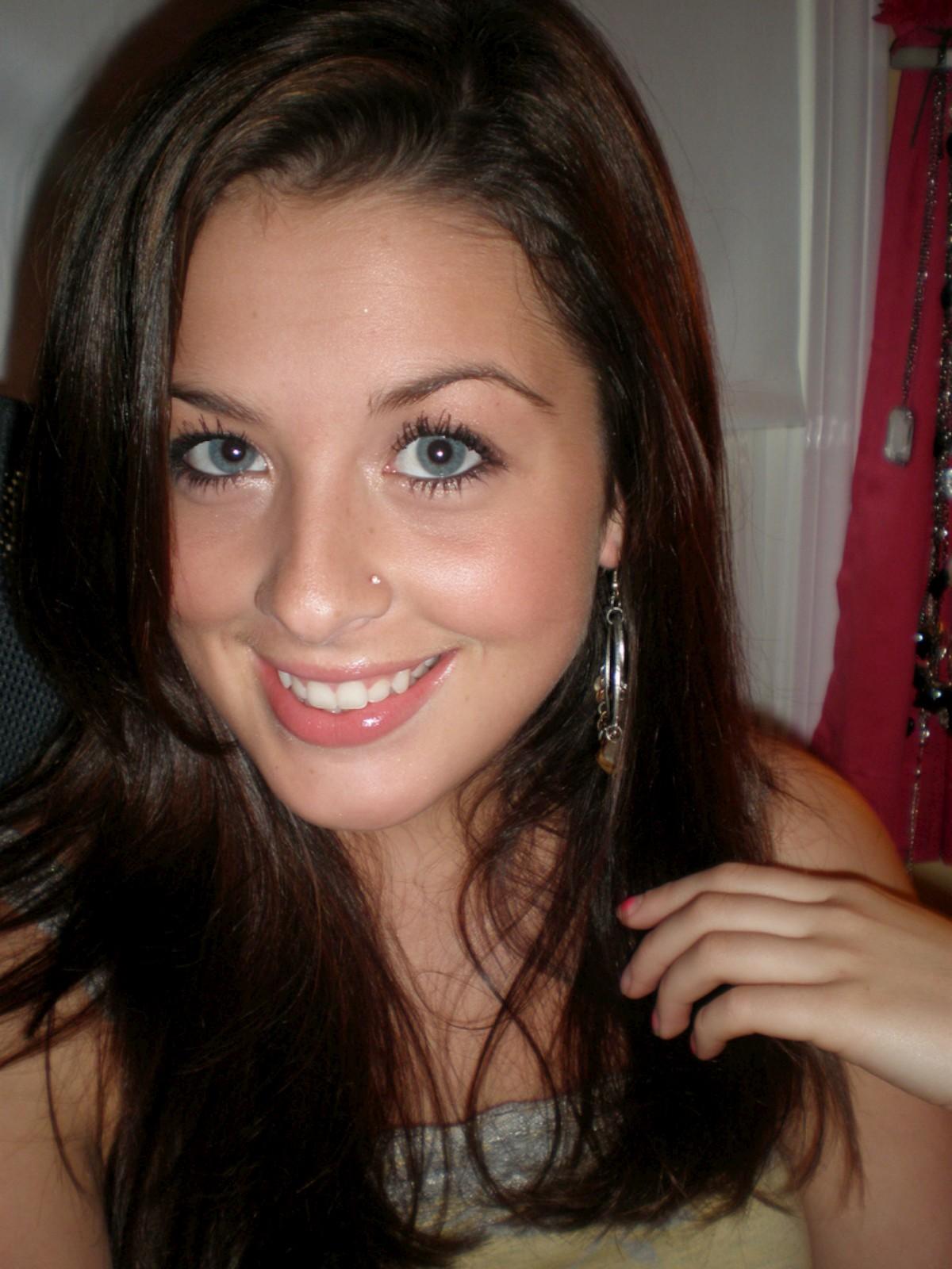 Brunette teen making selfshots 046