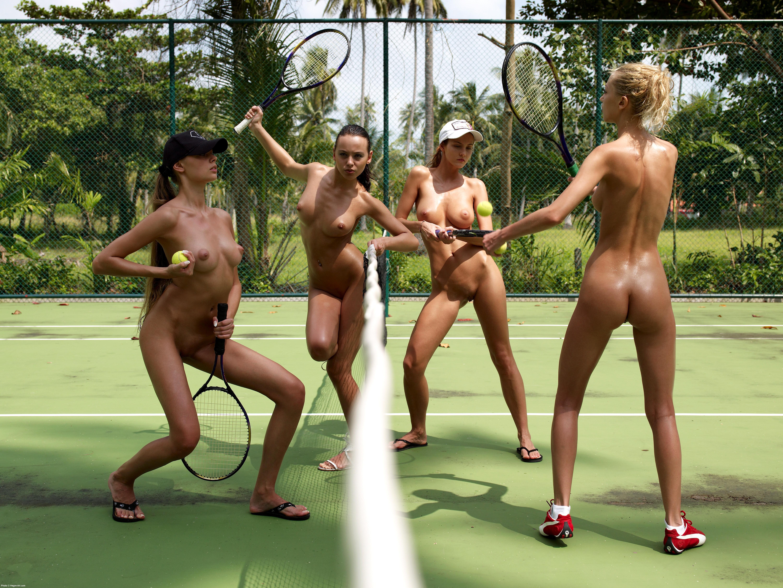 nude girls play tennis