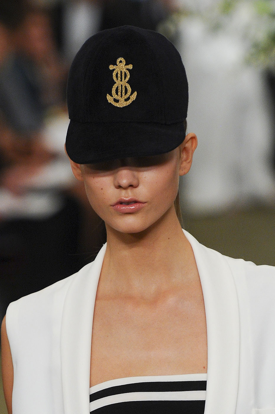 Bill Blass Spring 2012 Detailsjf Dl 5 In 98 XSx