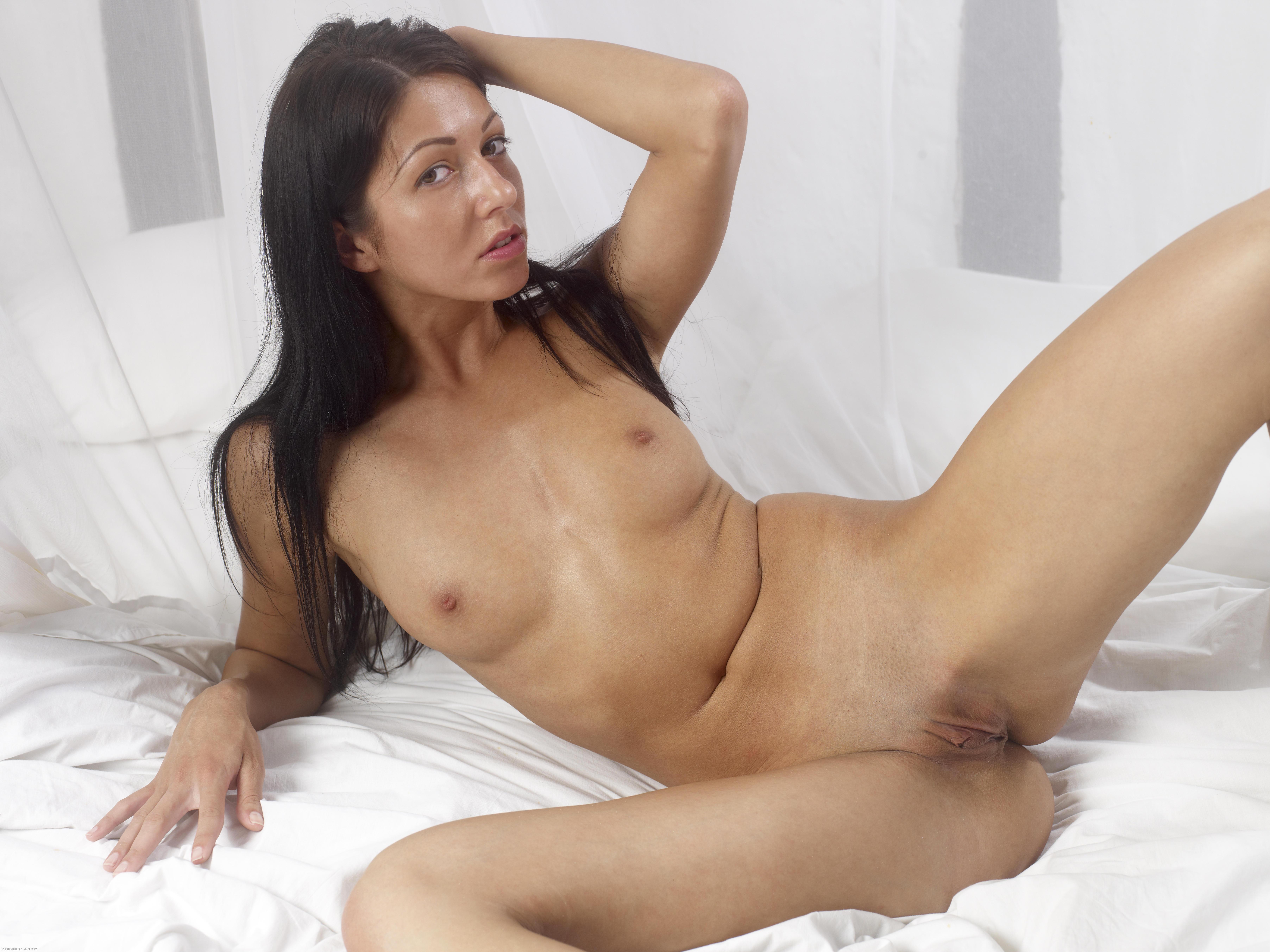 xx boy girl hot body photo