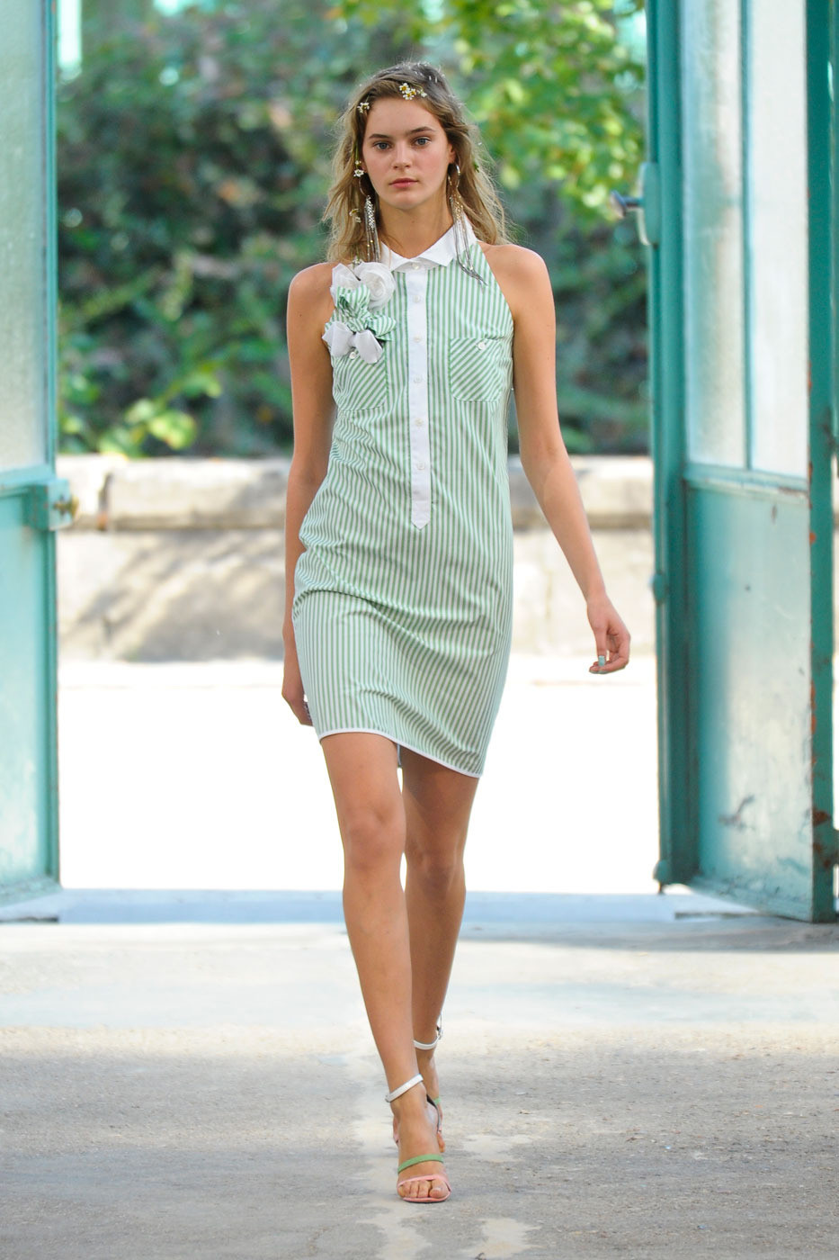 Alexis Mabille Spring 2012 KFYk I 0 vw 1 Acx