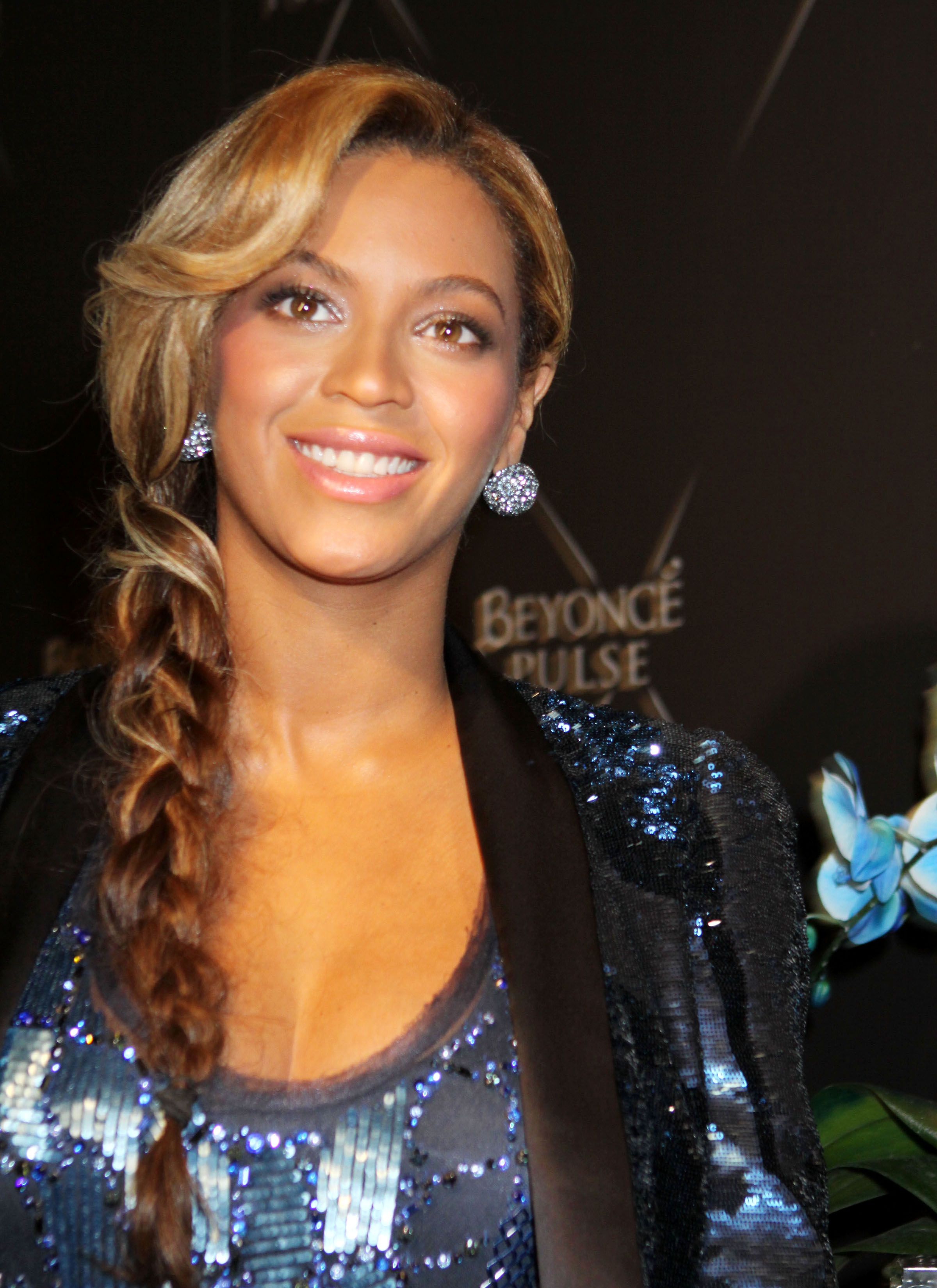 FP 7916601 Beyonce Pulse NYC 16 24