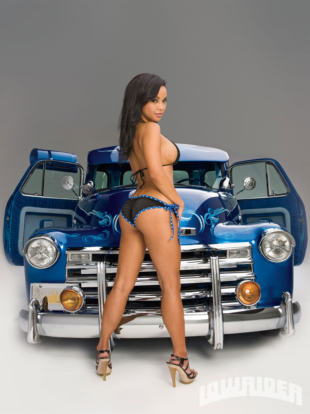 Sexy Teen Fucked In A Lowrider 13