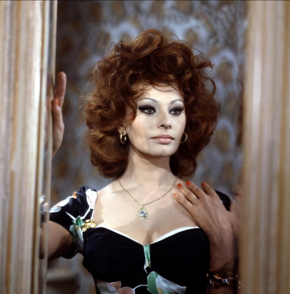 Sophia Loren Kosty 555 info 027