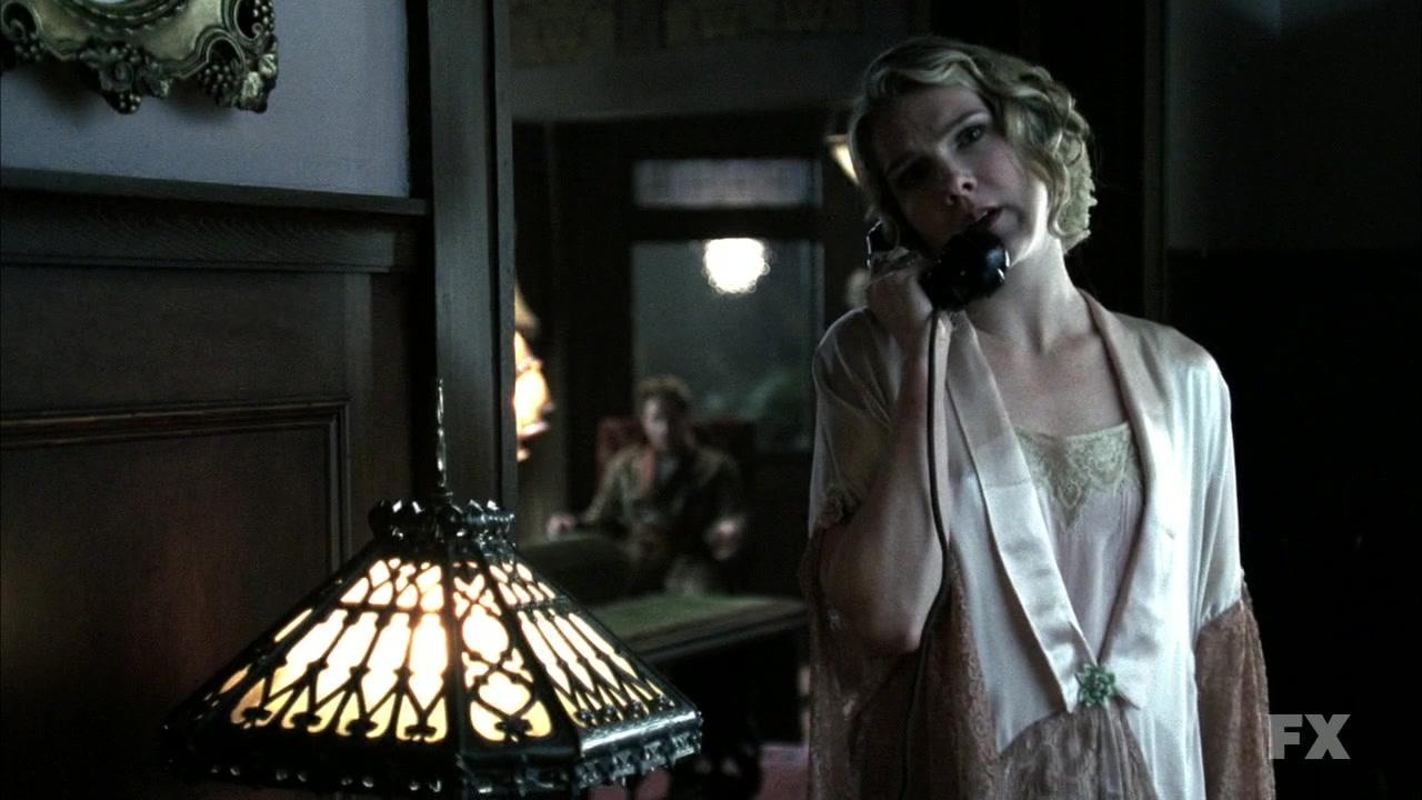 American Horror Story S 01 E 04 Persephone 1992