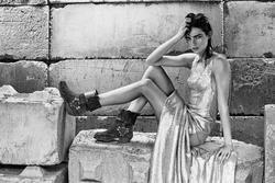 10183710_Fashion_Tale_No._8_Ph._Elisabeth_Frang_5.jpg