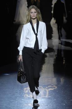 Linda Vojtova - the Fashion Spot 20