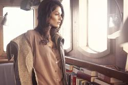 7803345_B.Young_Autumn_2011_Opening_Campaign_3.jpg
