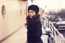 7803403_B.Young_Autumn_2011_Opening_Campaign_10.jpg